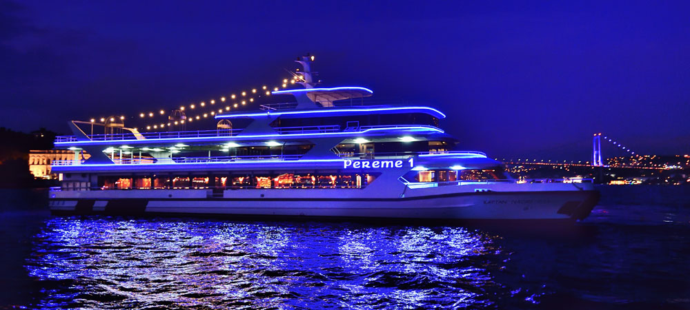 dinner cruise night out in Istanbul.